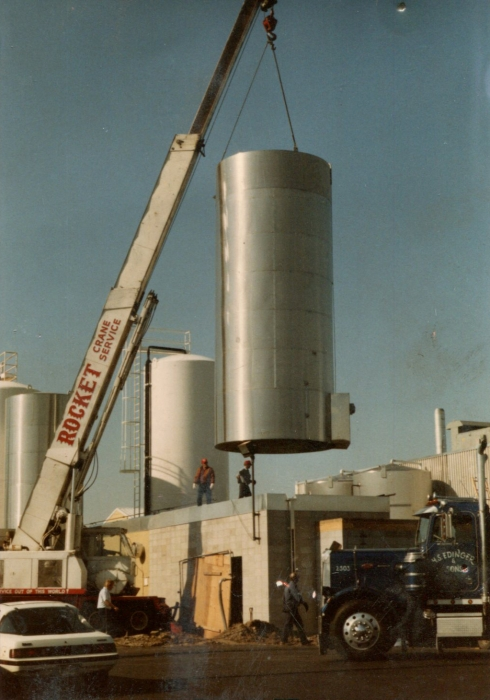 Milk Tank Install at Schroder Milk